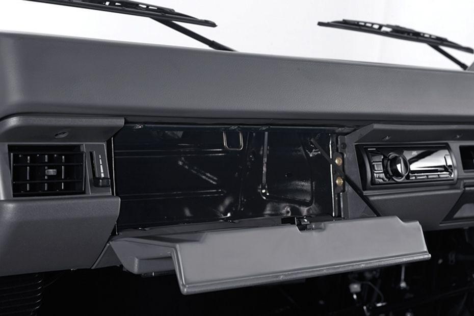 Mitsubishi L300